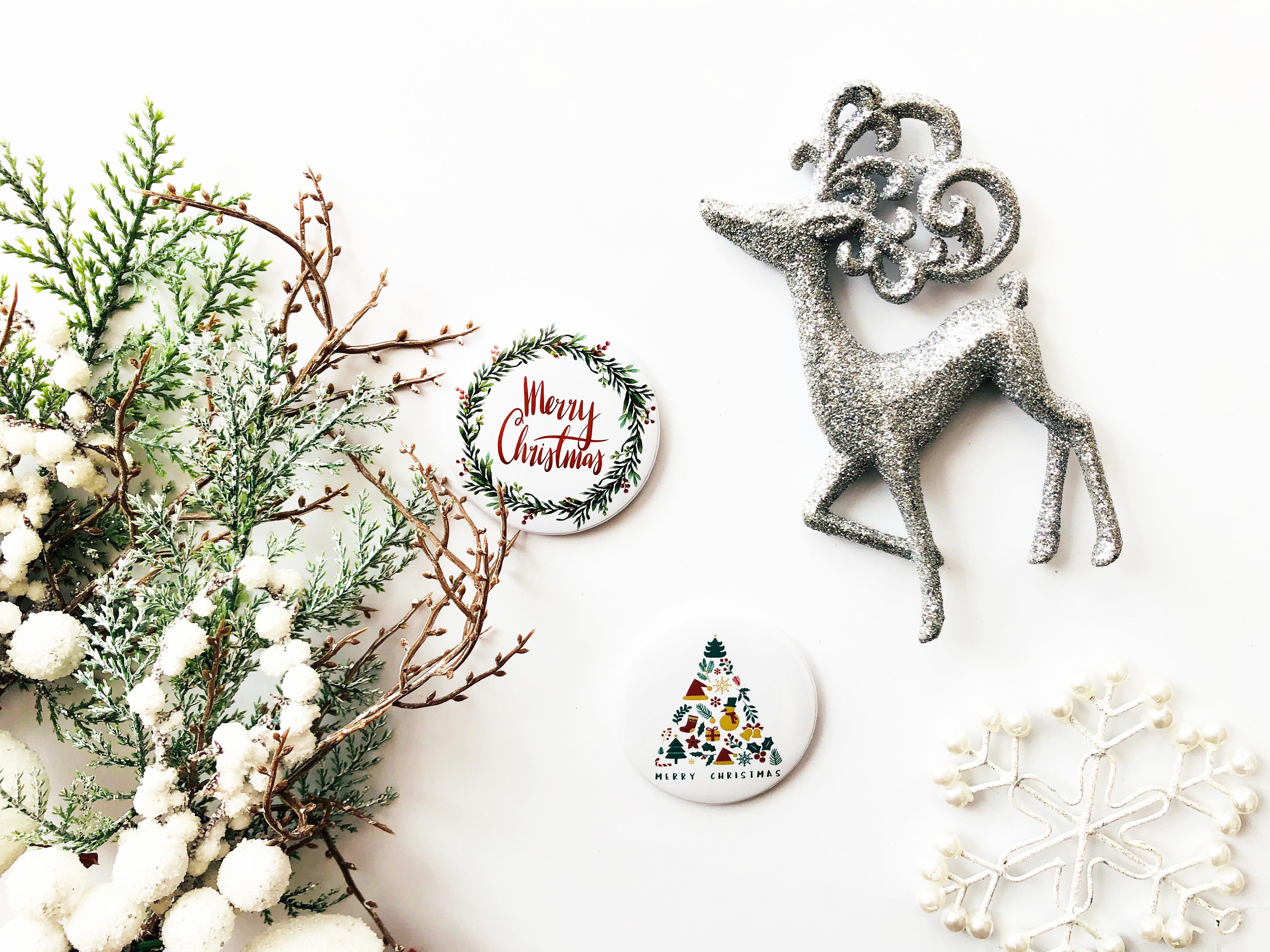 Życzenia świąteczne-przypinki świąteczne